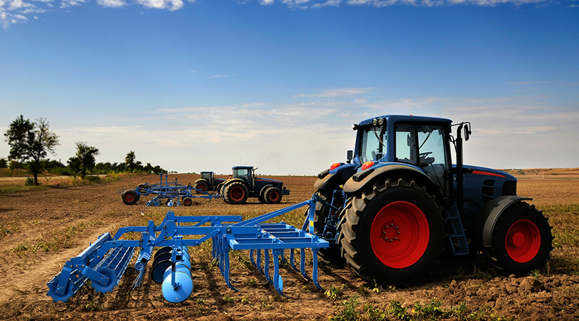 From in-the-field to online, CWB National Leasing helps farmers secure equipment.